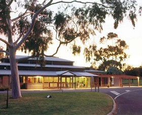 Swan Hill Regional Art Gallery - Accommodation VIC