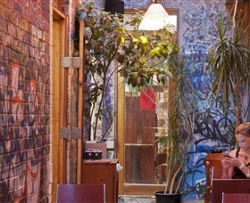 Sappho Books Cafe and Wine Bar - Accommodation VIC