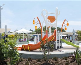 Gladstone Aquatic Centre - Accommodation VIC