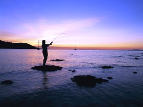 Fishing at Magnetic Island - Accommodation VIC