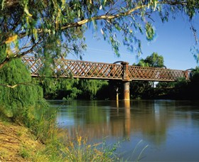 Narrandera Rail Bridge - Accommodation VIC