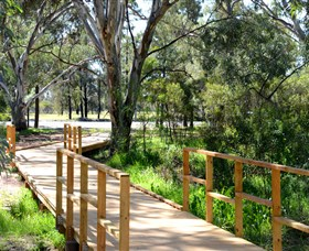 Green Corridor Walking Track - Accommodation VIC