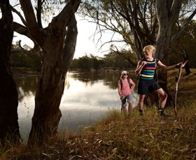 Narrandera Bike and Hike Track - Accommodation VIC