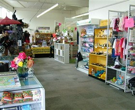 Warrnambool Independent Traders Market - Accommodation VIC
