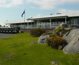 Tenterfield Golf Club - Accommodation VIC