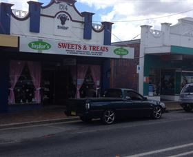 Taylors Sweets and Treats - Accommodation VIC