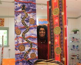 Apma Creations Aboriginal Art Gallery and Gift shop - Accommodation VIC