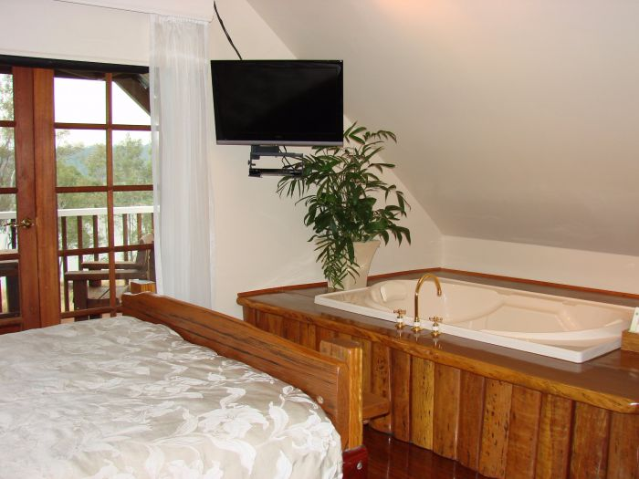 Clarence River Bed and Breakfast - Accommodation VIC