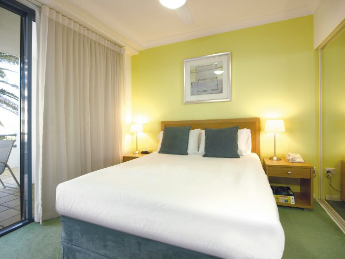 Oaks Calypso Plaza - Accommodation VIC