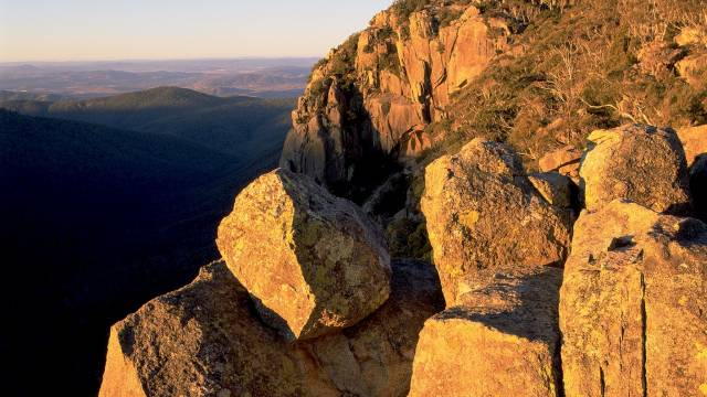 Booroomba Rocks - Accommodation VIC