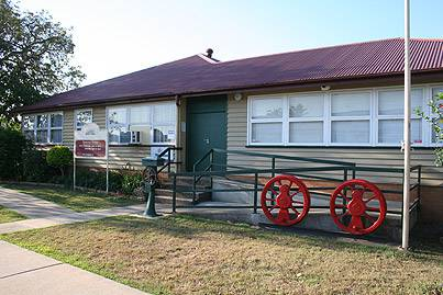 Nambour  District Historical Museum Assoc - Accommodation VIC