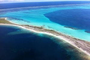 Abrolhos Islands Fixed-Wing Scenic Flight - Accommodation VIC