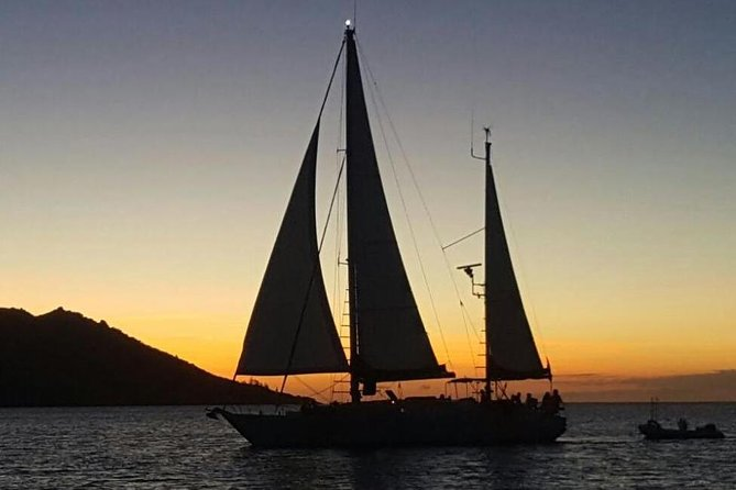 Magnetic Island Sunset Sail - Accommodation VIC