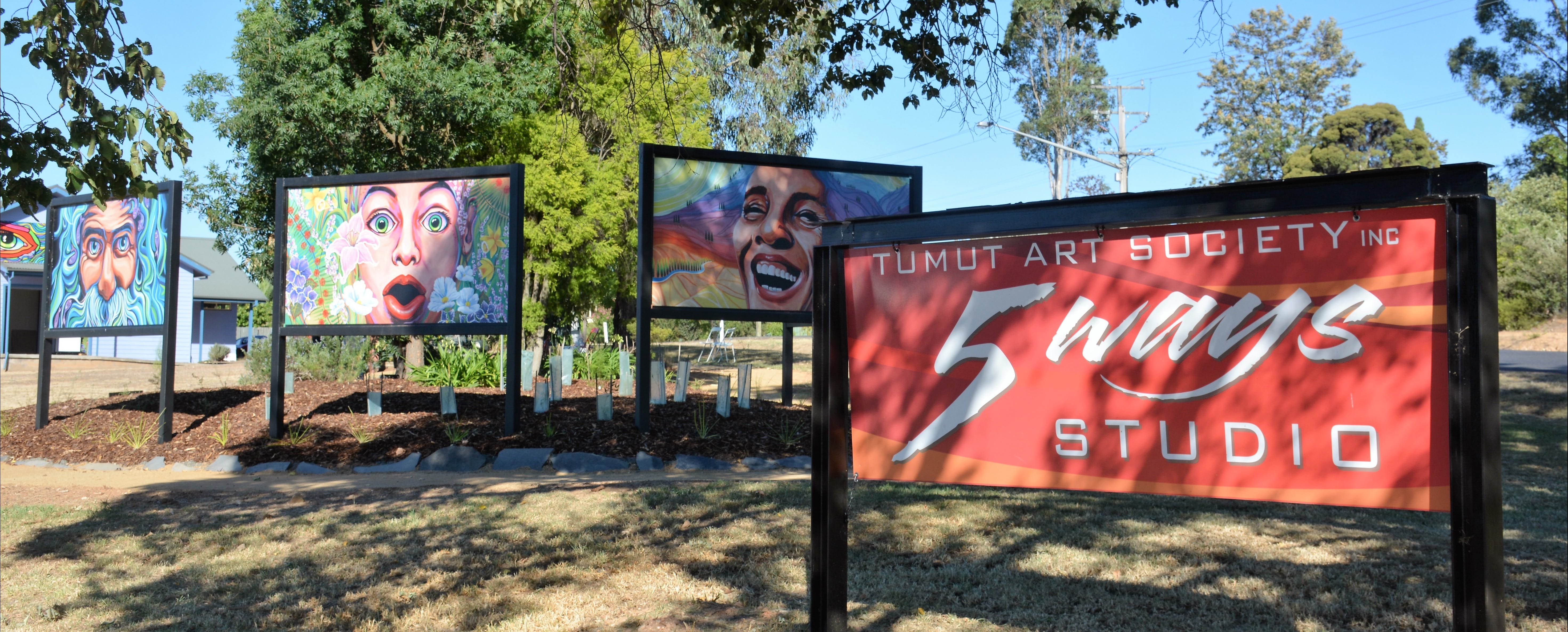 Tumut Art Society 5Ways Gallery - Accommodation VIC