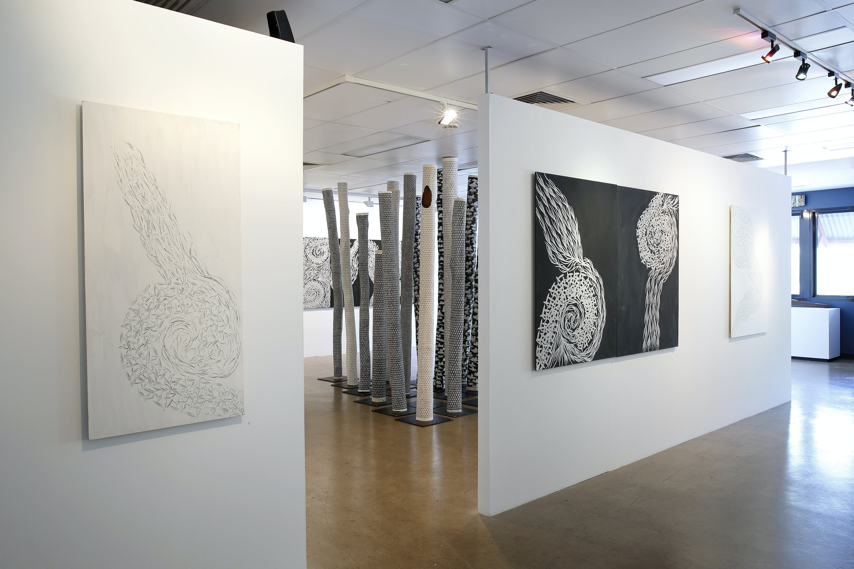 Outstation Gallery - Aboriginal Art from Art Centres - Accommodation VIC