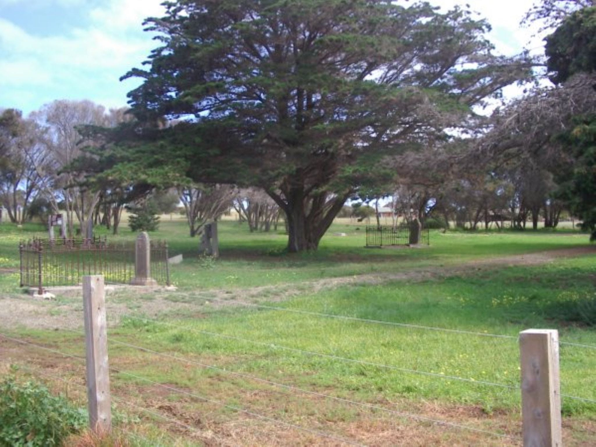 Old Cemetery Kingscote - Accommodation VIC
