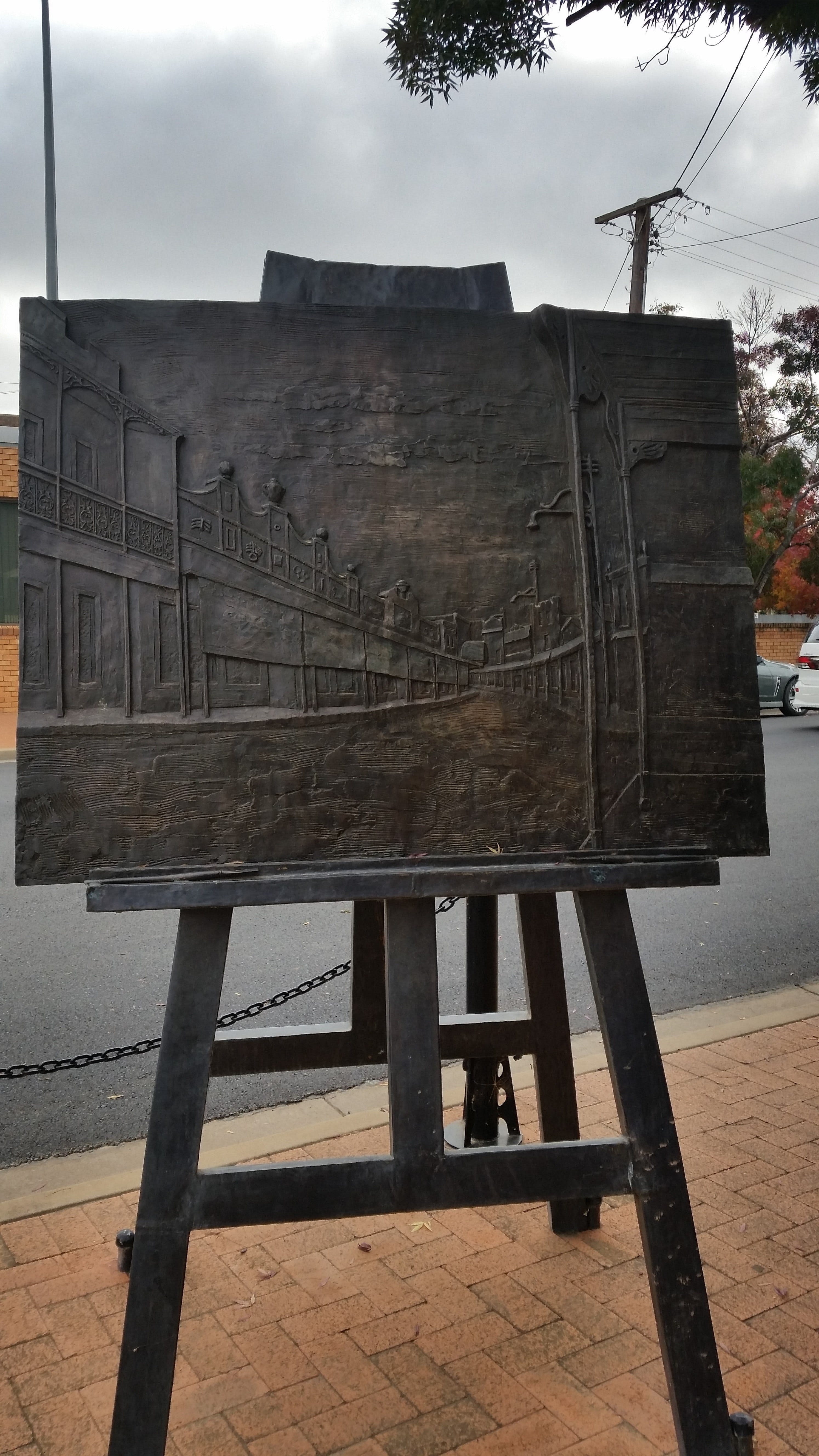 Russell Drysdale Easel Sculpture - Accommodation VIC