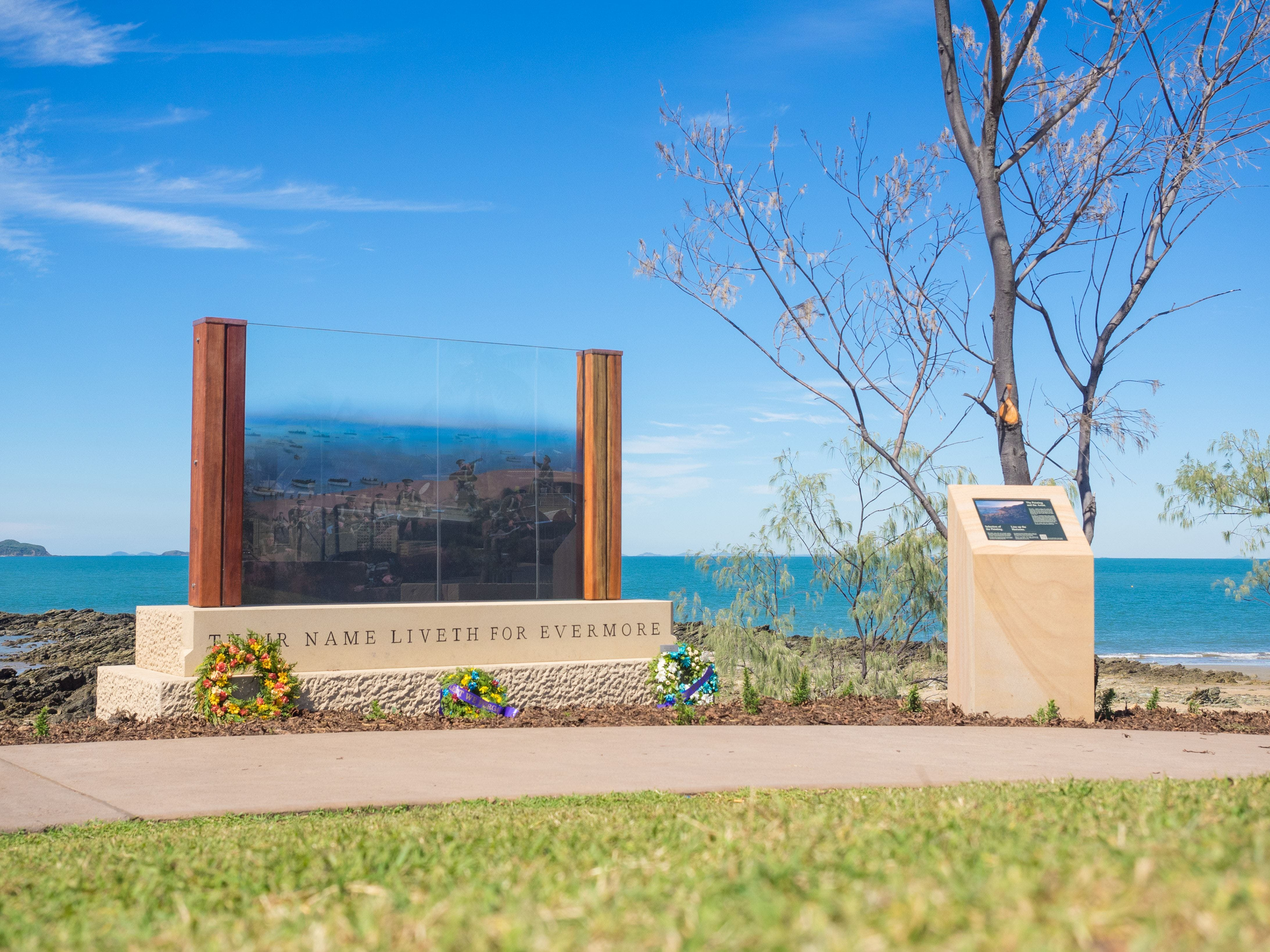 The Centenary of ANZAC Memorial Walk - Accommodation VIC