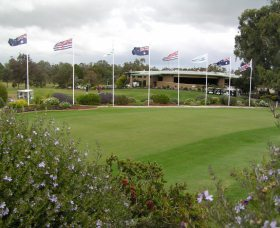 Tocumwal Golf Club - Accommodation VIC
