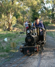 Jerilderie Steam Rail and Heritage Club Inc - Accommodation VIC