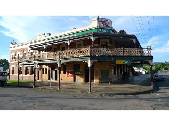 Bank Hotel Dungog - Accommodation VIC