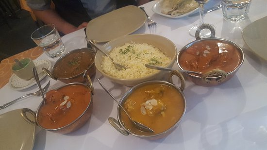 Tandoori  Curry Club - Accommodation VIC
