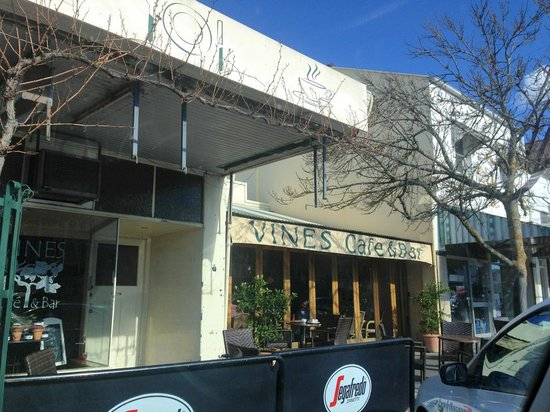 Vines Cafe  Bar - Accommodation VIC