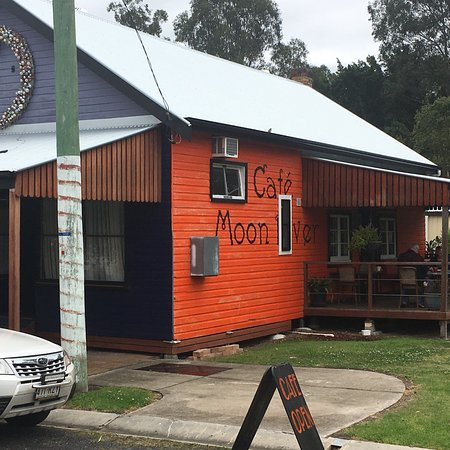 Moon River Cafe - Accommodation VIC