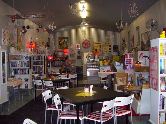 Noelene's Book Cafe - Accommodation VIC