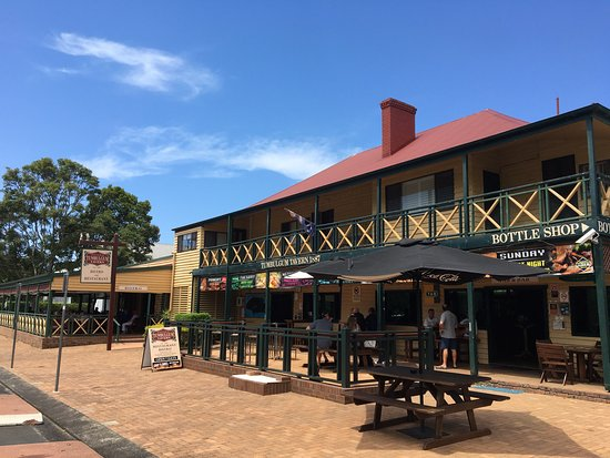 Tumbulgum Tavern - Accommodation VIC