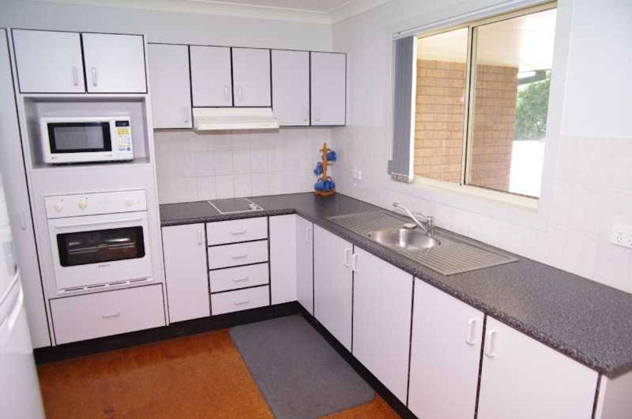 Bellhaven 1 17 Willow Street - Accommodation VIC