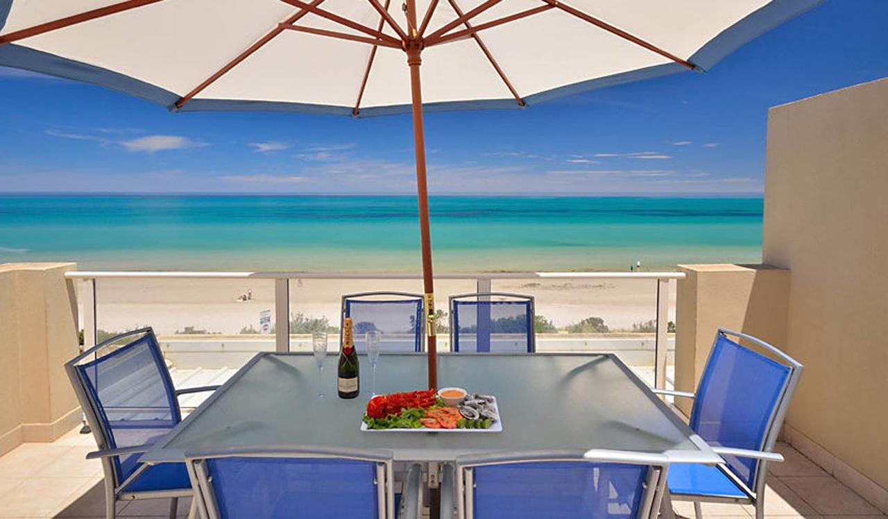 Adelaide Luxury Beach House - Accommodation VIC