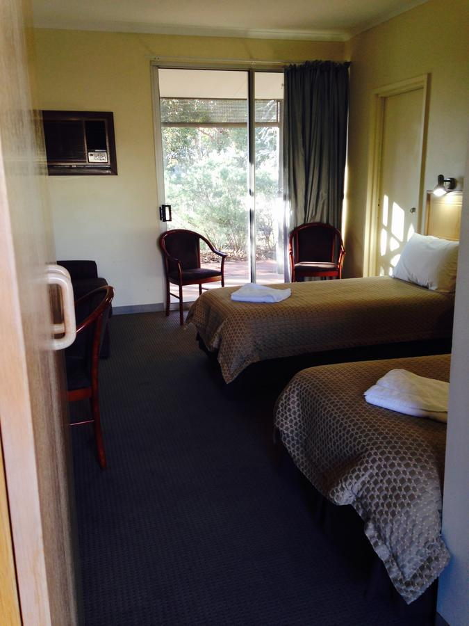 Roxby Downs Motor Inn - Accommodation VIC