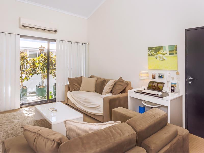 Home Apartment - Perth City Centre - Free WiFi - Accommodation VIC