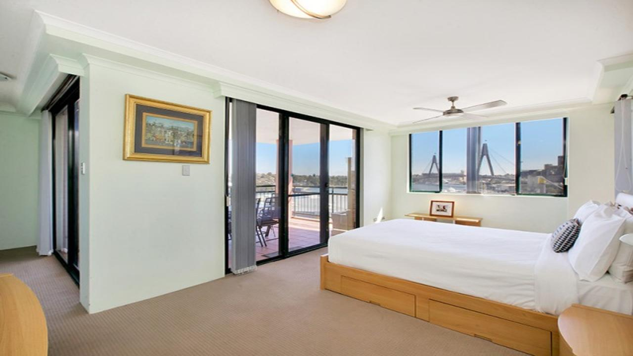 Darling Harbor Apartment - Accommodation VIC