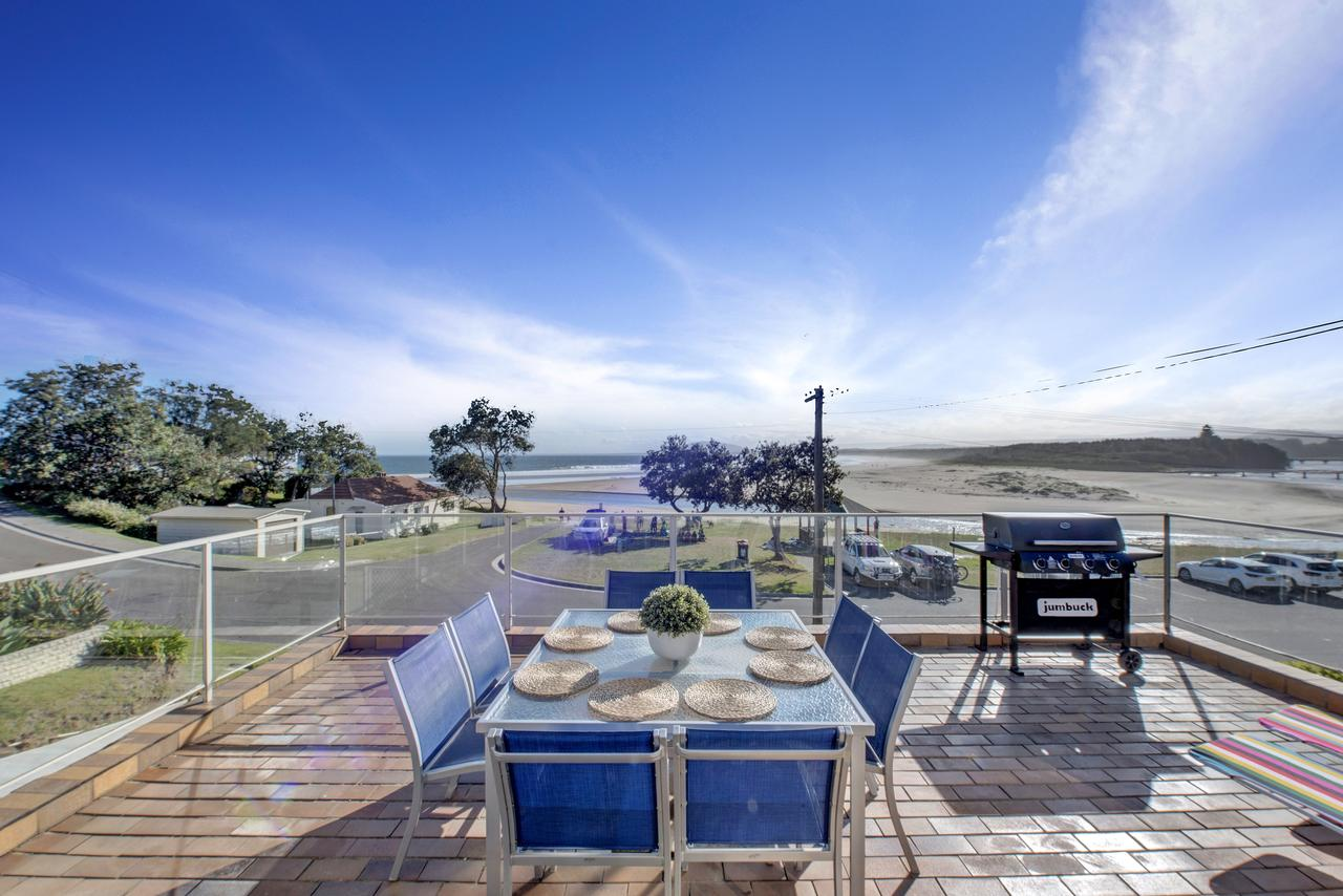 The Rotunda  Gerroa - Pet Friendly Beachfront - Accommodation VIC