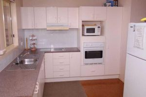 Bellhaven 2 17 Willow Street - Accommodation VIC