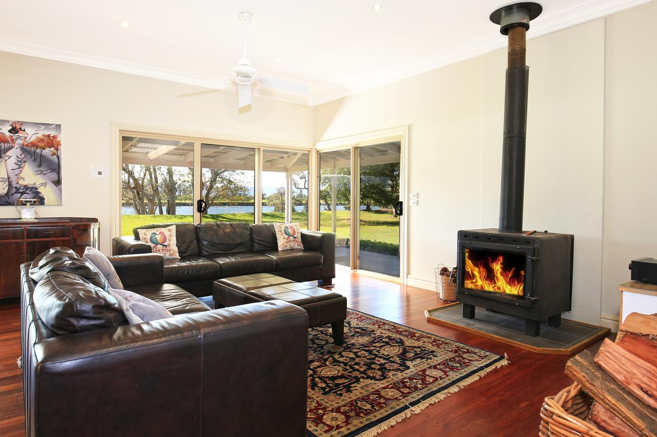 Terara Riverside Retreat - Accommodation VIC