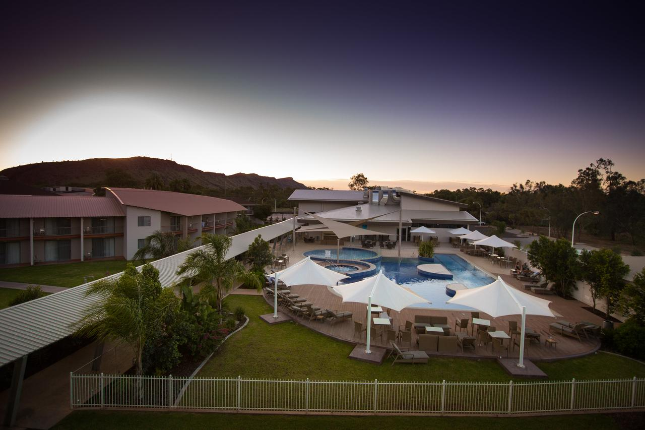 Crowne Plaza Alice Springs Lasseters - Accommodation VIC