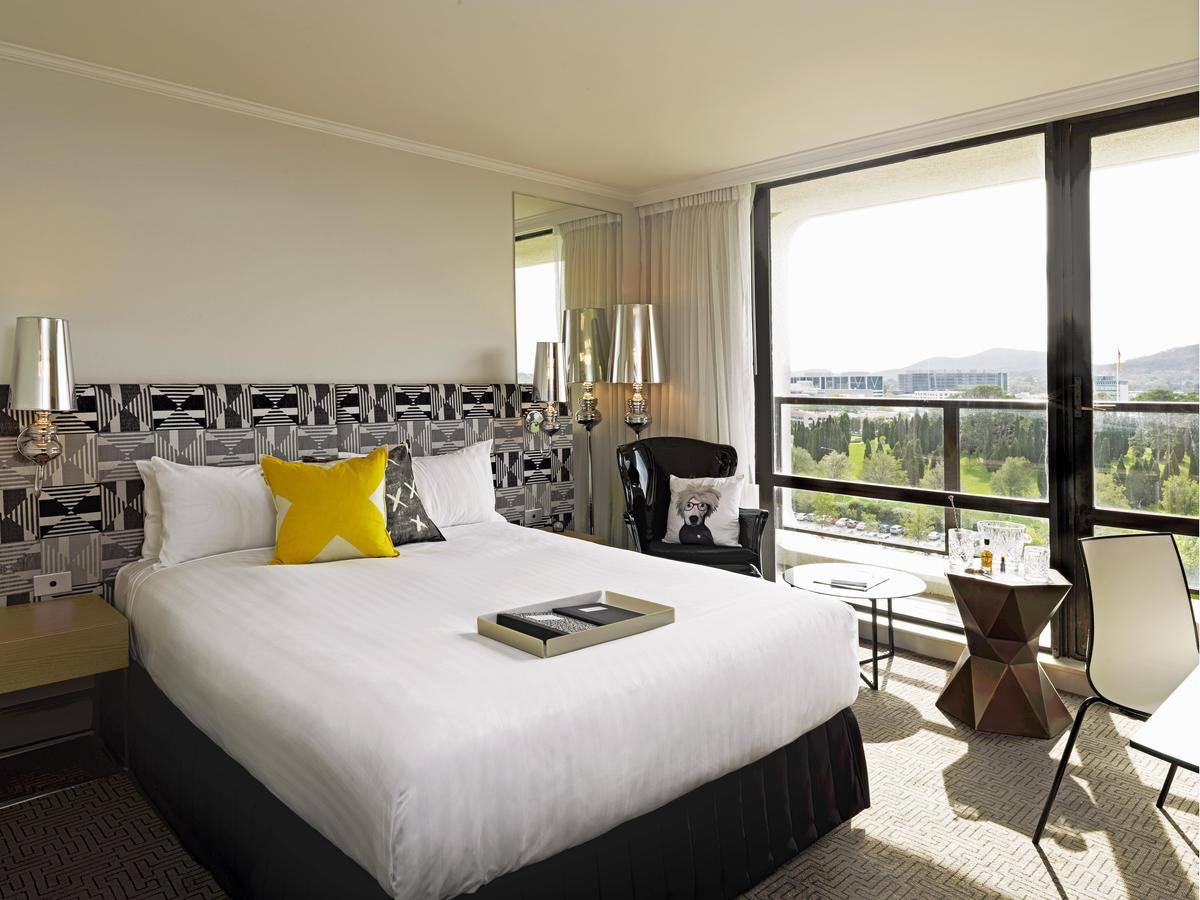 QT Canberra - Accommodation VIC