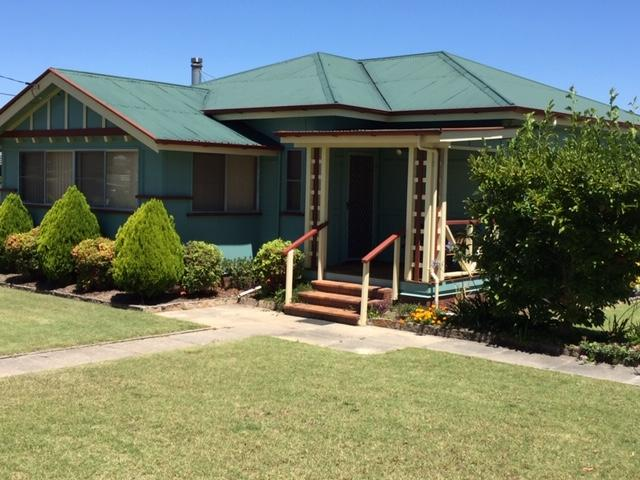 FROGGIES HOLIDAY HOUSE - Accommodation VIC
