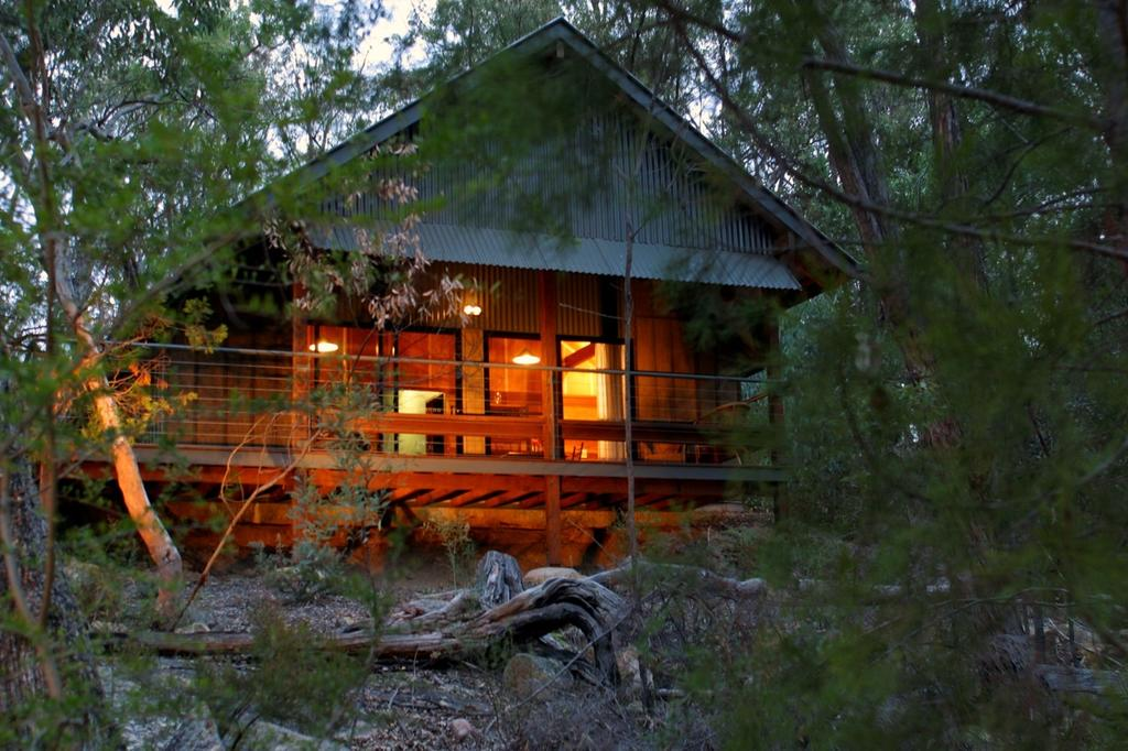 Girraween Environmental Lodge - Accommodation VIC