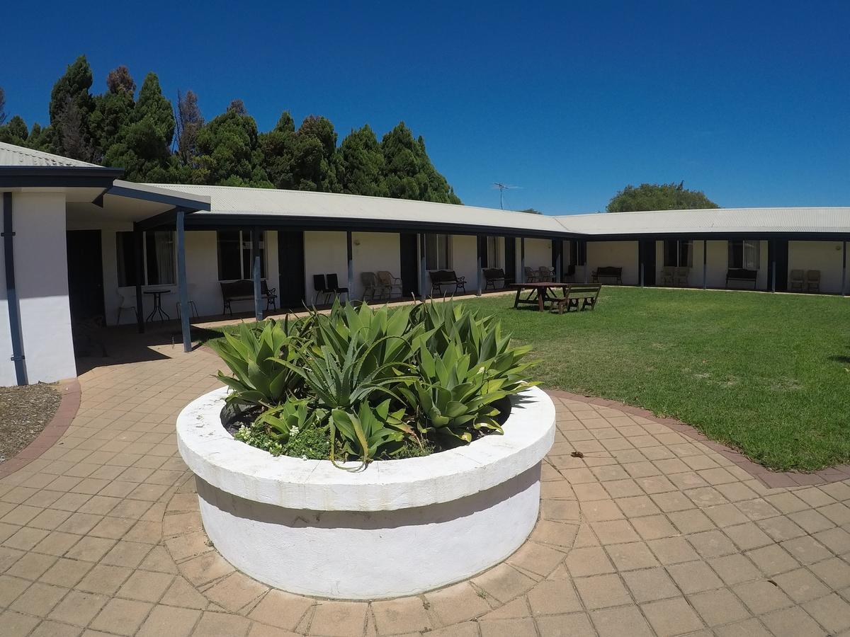 Busselton Ithaca Motel - Accommodation VIC