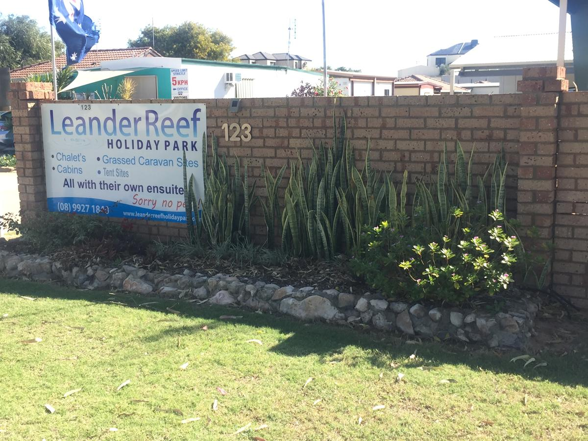 Leander Reef Holiday Park - Accommodation VIC