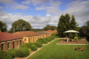 Country Club Villas - Accommodation VIC
