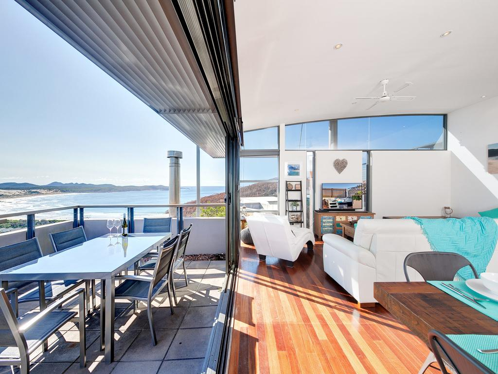 One Mile Cl Townhouse 22 26 The Deckhouse - Accommodation VIC