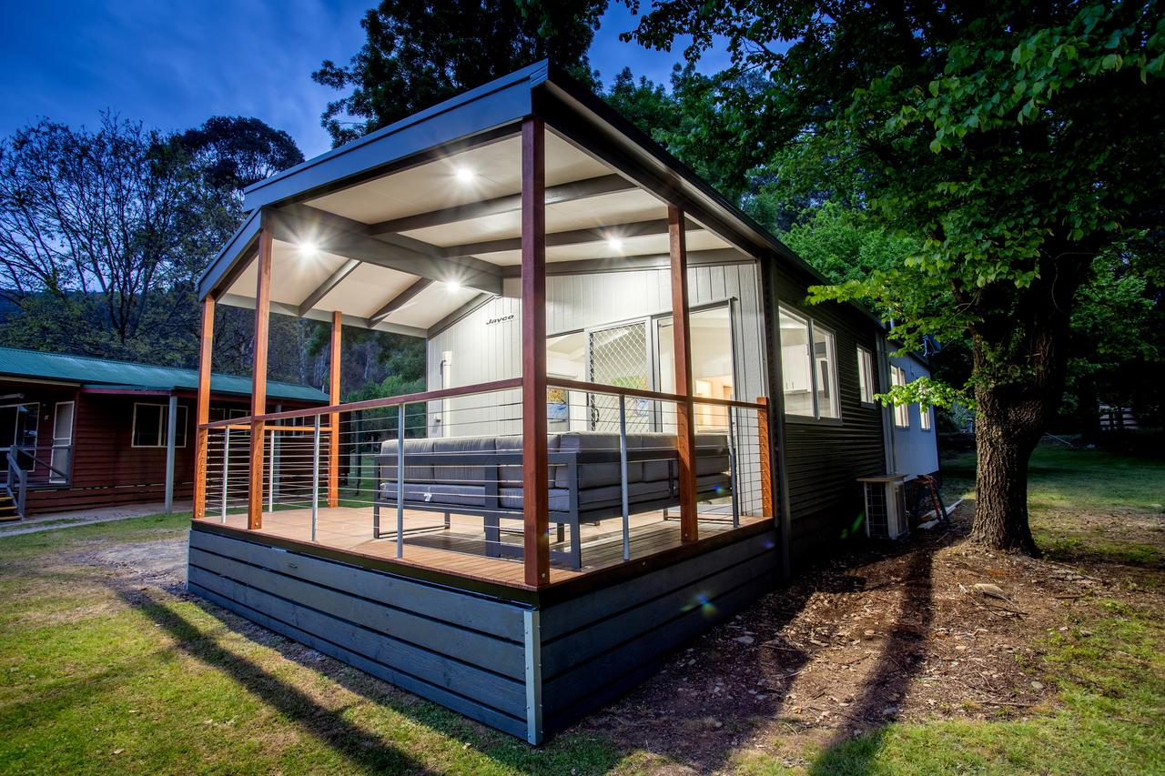 Bright Freeburgh Caravan Park - Accommodation VIC
