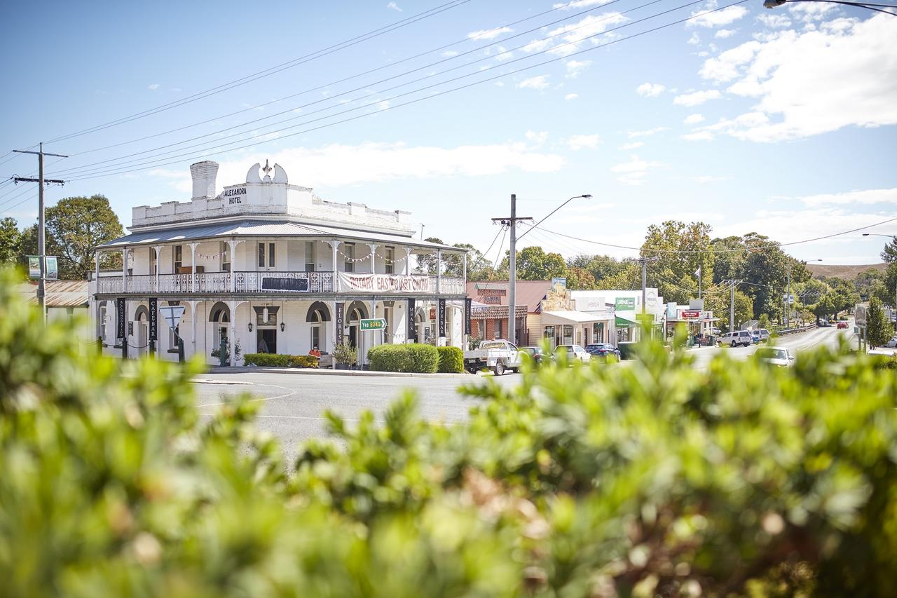 The Alexandra Hotel - Accommodation VIC