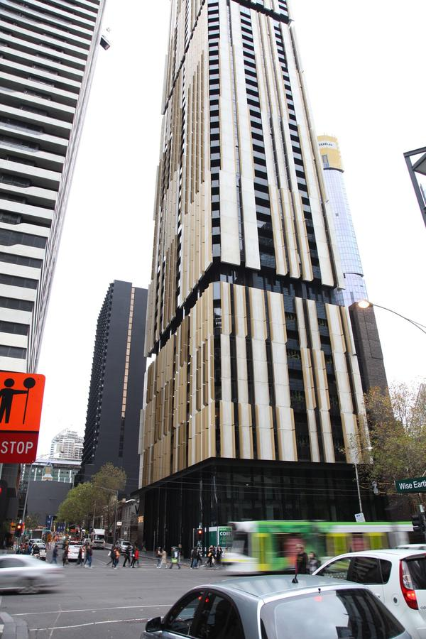 Melbourne Empire Apartments - Accommodation VIC
