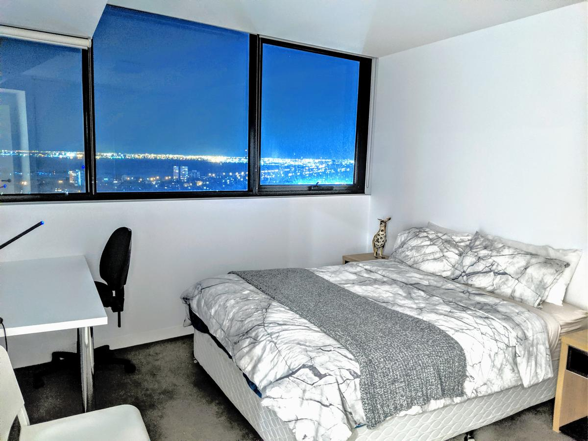 Breathtaking View Apartment With Gym & Sauna - Accommodation VIC